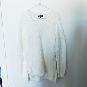 Kenneth Cole | fluffy white sweater Large